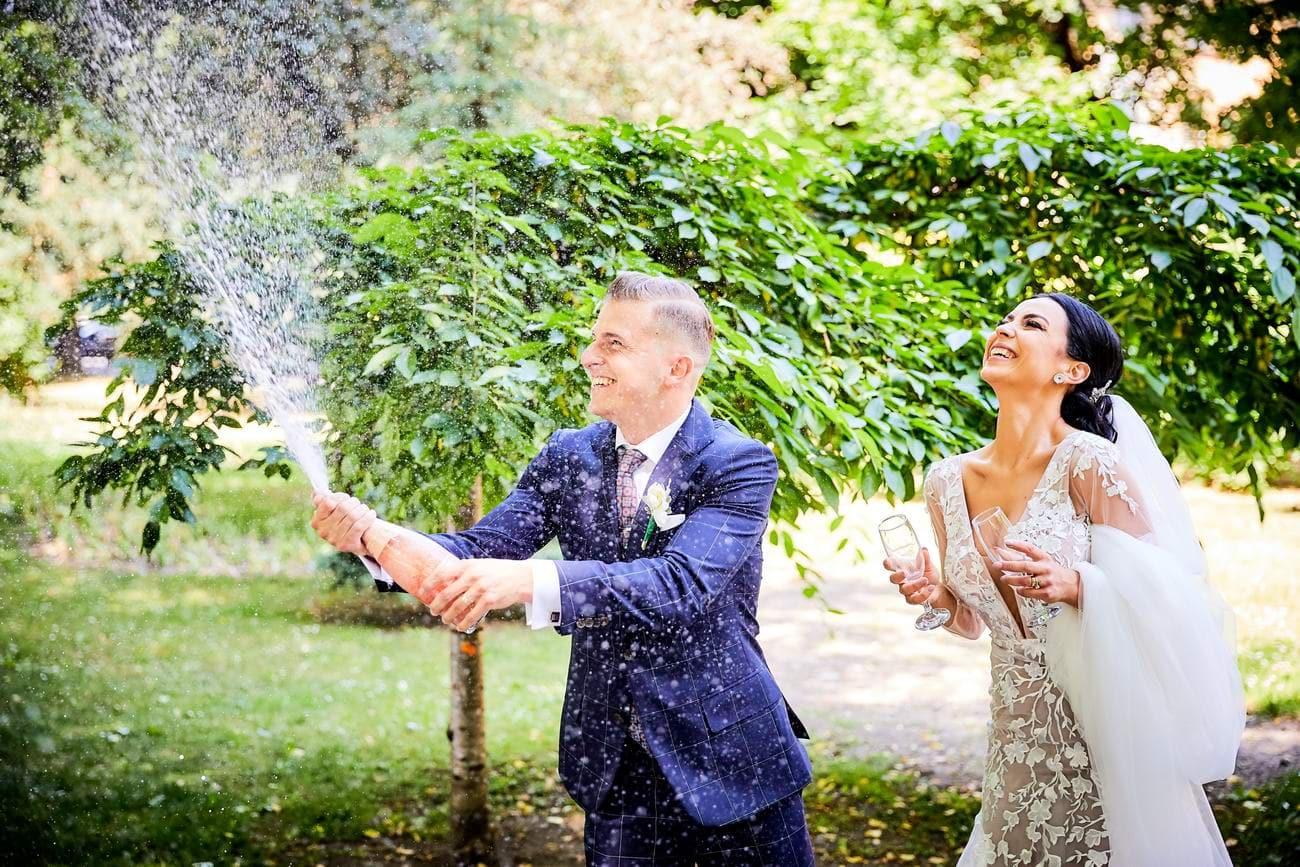 fotografii cu mirii in ziua nuntii - fotograf brasov