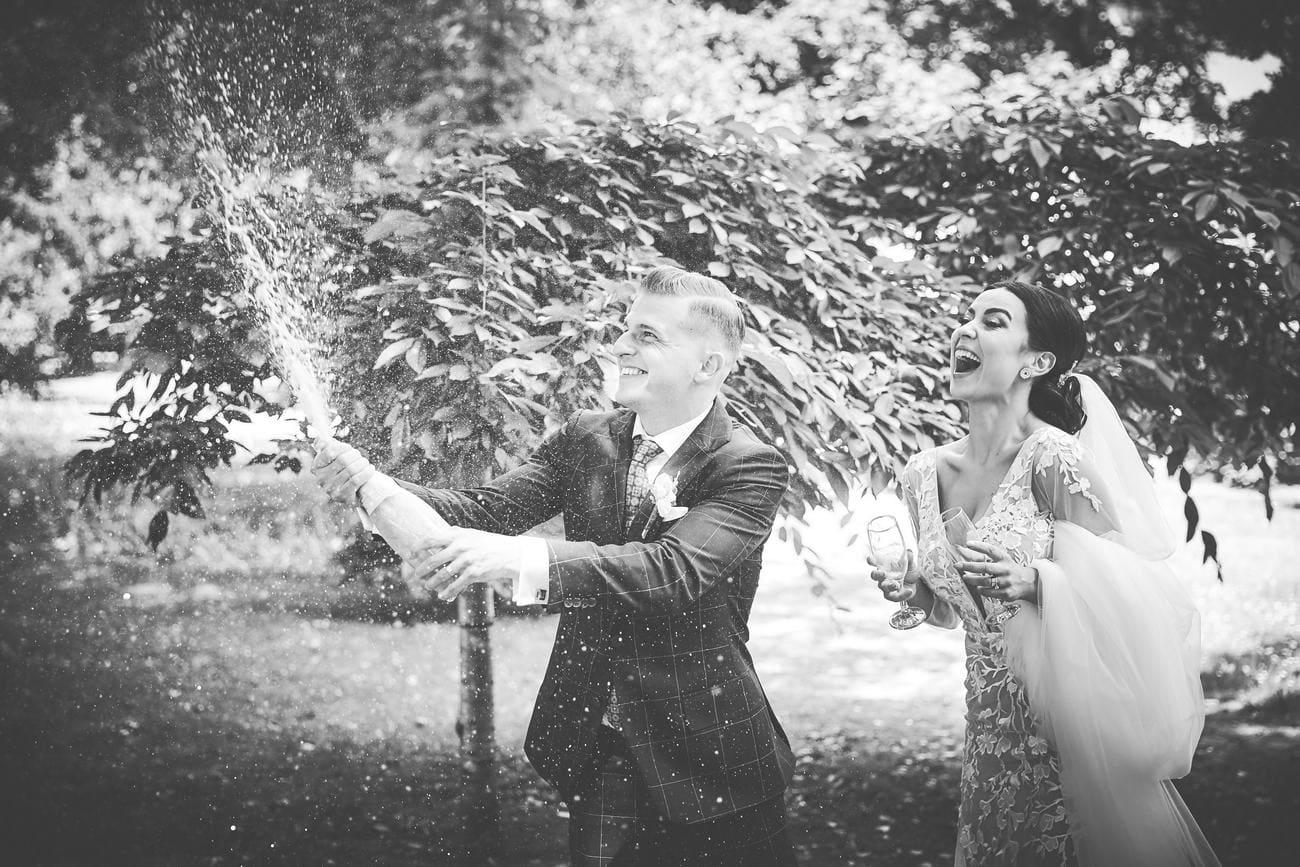 fotografii cu miriid in ziua nuntii - fotograf brasov