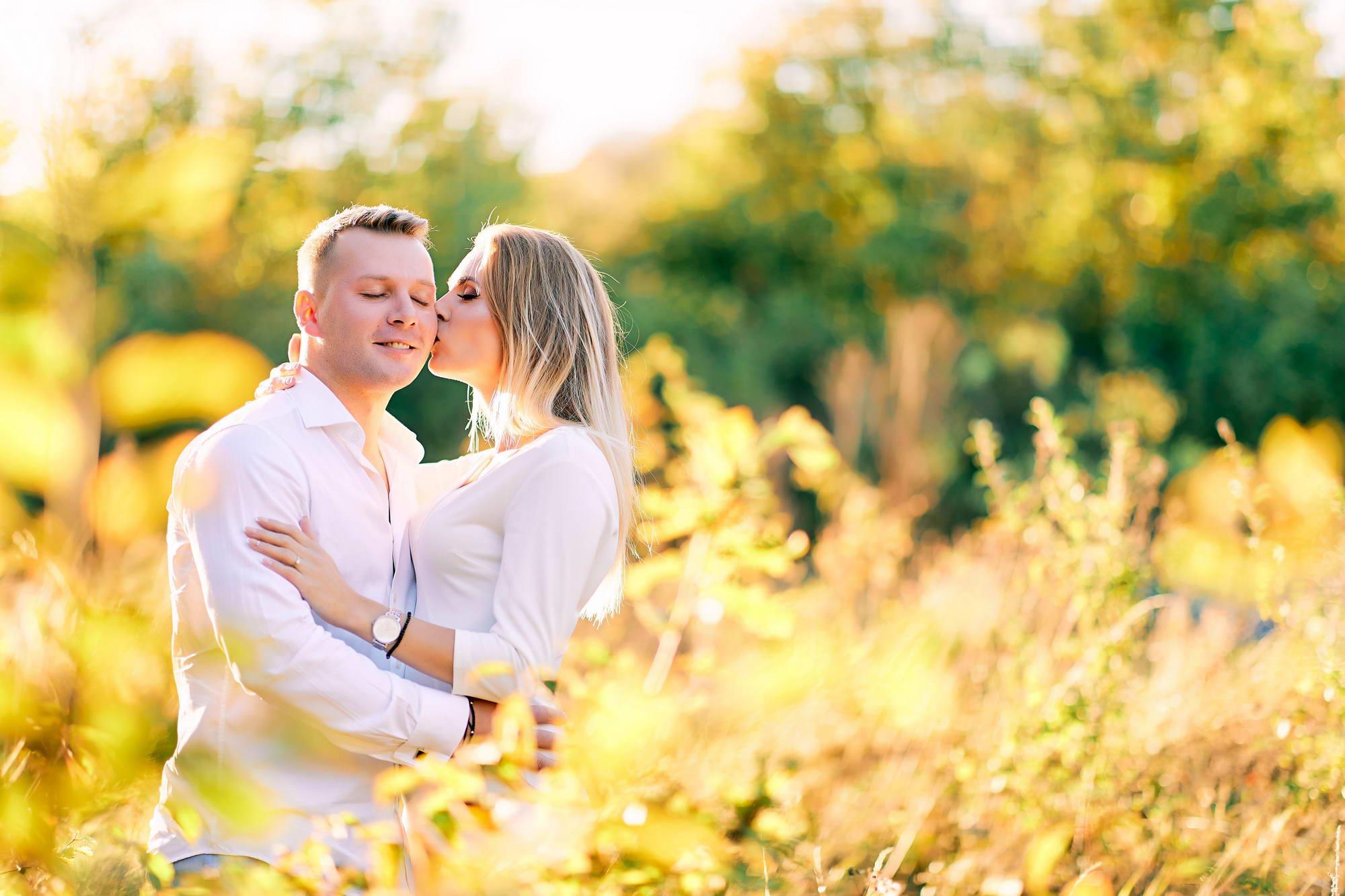Cuplu In Decor De Toamna (4)
